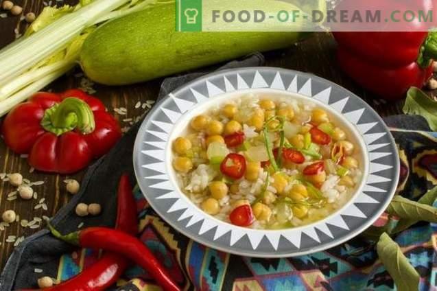 Supa de găină vegetariană cu legume