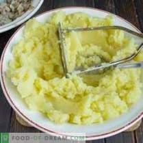 Pateuri de cartofi cu umplutură de ciuperci