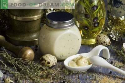 Maioneză proaspătă de casă pentru salată