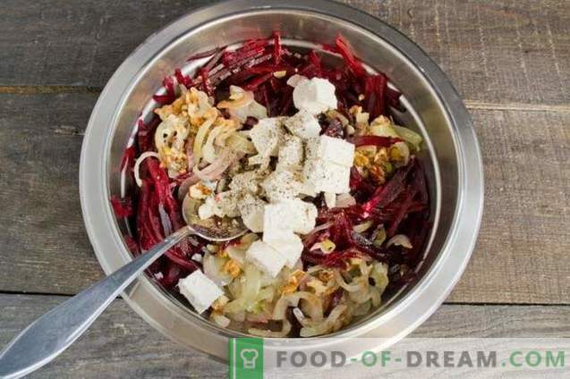 Salata de sfeclă roșie cu ceapă, brânză și nuc
