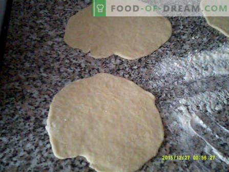 Cum să faci gustări la domiciliu gustoase și rapide