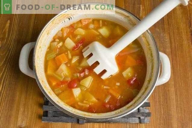Supă de legume cu chifteluțe de pui