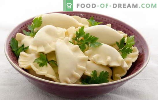Gemelă pe kefir cu cartofi - licitație, aerisită, cu sos. Selectarea rețetelor disponibile pentru găluște pe kefir cu cartofi