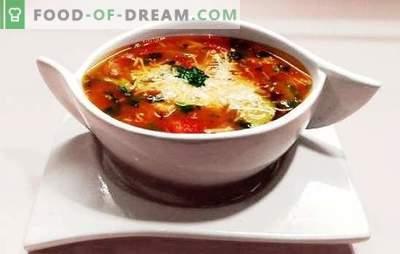 Minestrone Soup - salut din Italia însorită! Rețete de supa din Minestrone cu paste, bacon, ciuperci, fasole, parmezan