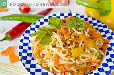Spaghete cu pui și legume
