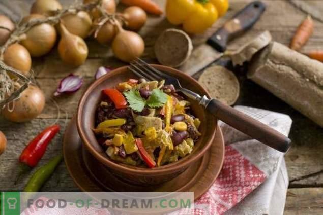 Salată cu fasole roșie și pui