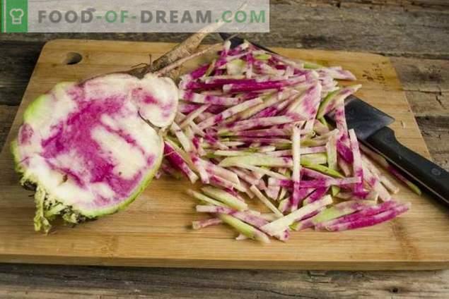 Salată de ridiche delicioasă și sănătoasă cu pui