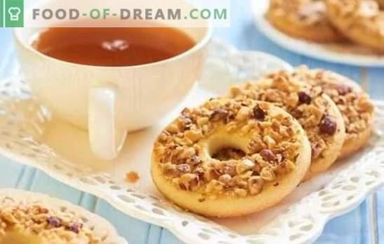 Cookie-uri, ca în copilărie - rețete pentru nostalgie delicioasă! Gatit la domiciliu lapte, nuci, nisip, brânză de brânză de vită, ca și în copilărie