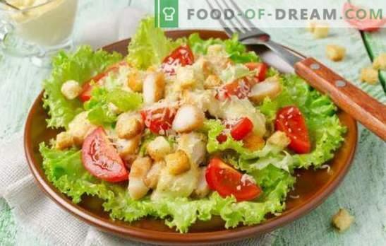 Salată de Caesar cu maioneză: de la rețete simple la rafinate. Cum să gătești o salată de Caesar delicioasă cu maioneză