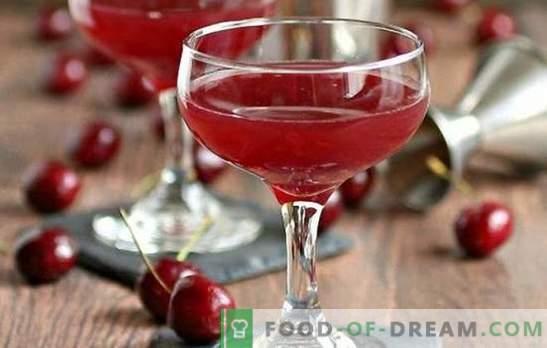 Cireșă dulce turnând cu zahăr, vodcă, vin și mirodenii. Cum sa faci un lichior curat delicios si sanatos?
