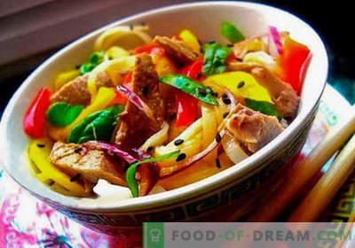 Salată thailandeză - cele mai bune cinci rețete. Cum să gătești salată thailandeză corectă și gustoasă.