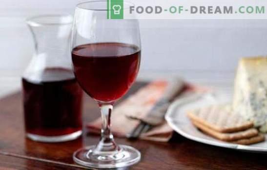 Vinul roșu la domiciliu este un produs natural valoroasă. Retete pentru vin rosu la domiciliu din fructe de padure si gem