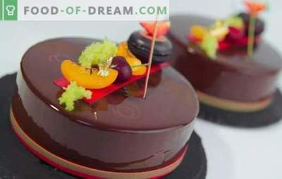 Tortul cu mousse cu glazură de oglindă este un desert stralucitor! Prepararea prăjiturilor de mousse delicioase cu glazură în oglindă