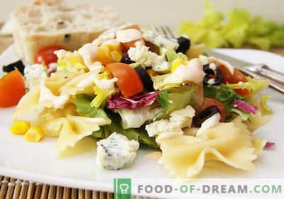 Salată cu măsline - cele mai bune cinci rețete. Cum să preparăm în mod corespunzător și delicios o salată cu măsline.