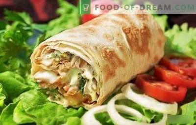 Shawarma avec du poulet dans du pain pita: cuisiner étape par étape des fast-foods faits maison! Sélection des meilleures recettes de shawarma au poulet (étape par étape et en détail)