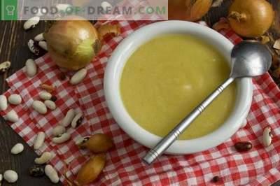 Sopa de creme de feijão enlatada