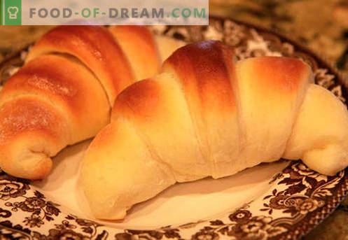 Bagele de drojdie (făcute din aluat de drojdie) sunt cele mai bune rețete. Cum să gătești corect și gustos găluște de drojdie.