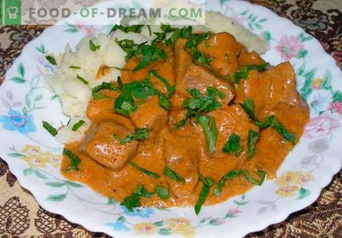Sos pentru paste, orez, cartofi piure, chifteluțe - cele mai bune rețete. Se gătește corect carne, roșii, ciuperci, sos de pui.
