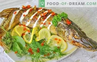 Pike în cuptor: rețete pas cu pas pentru pește coaptă și coaptă. Recomandate pas cu pas retete pentru stiuca cuptorului, intreg si in bucati
