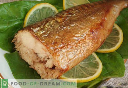Macrou afumat - cele mai bune rețete. Cum să gătești macrou afumat acasă.