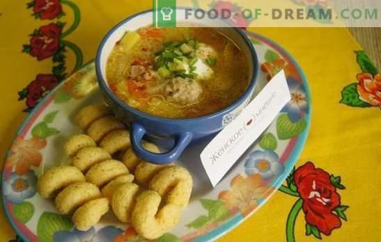 Rețetă foto pentru supă cu chifteluțe într-un aragaz lent: masa de prânz timp de o oră. Supă simplă cu chifteluțe și couscous într-un aragaz lent: o rețetă pas cu pas