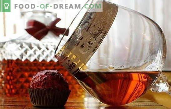 Cognac de la moonshine la domiciliu - francez musca coatele lor! Retete disponibile pentru cognacul de casă