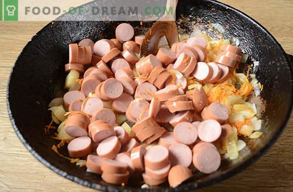 Sos de cârnați cu pastă de roșii: delicioasă