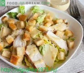 Salate delicioase și gustări pentru masa festivă de Anul Nou.